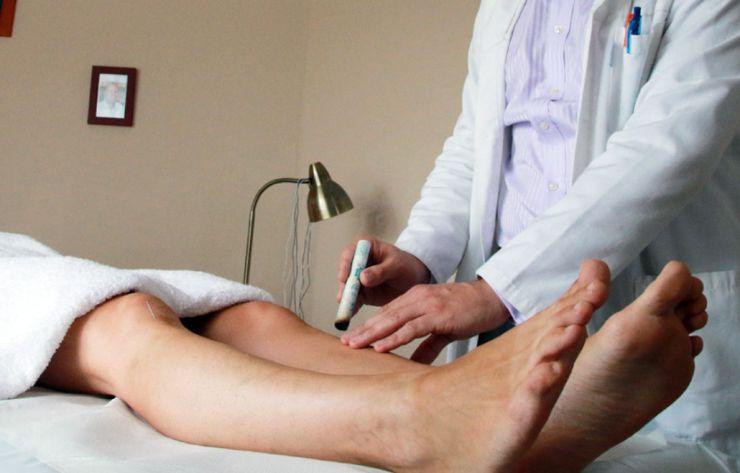 Előadás a fülakupunktúráról